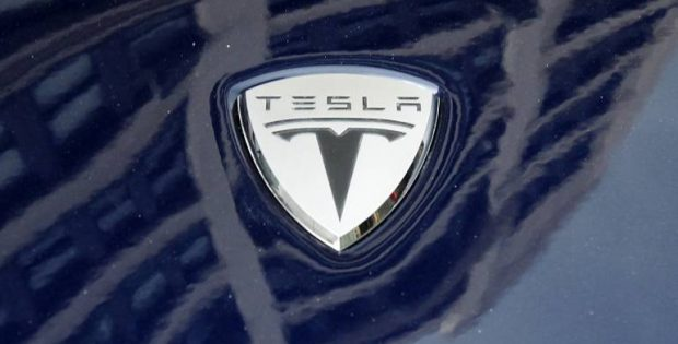 Tesla signs acquisition agreement worth USD 218M with Maxwell
