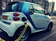 Daimler partners with Geely to develop electric Smart cars in China