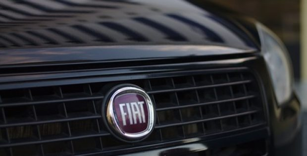 Fiat Chrysler recalls 800,000 vehicles over a new EPA emissions rule